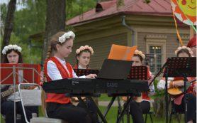 В Смоленске прошел I Международный фестиваль «Тенишевские сезоны»