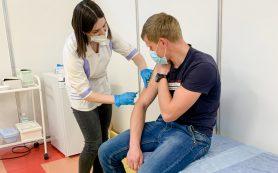 В Смоленской области за сутки более 2700 смолян привились от коронавируса