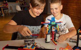 Современное образование: робототехника идет в смоленские школы