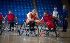 Смоленский тренер — о тонкостях баскетбола на колясках